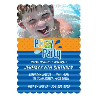 Cumpleaños de la fiesta en la piscina invitaciones personales