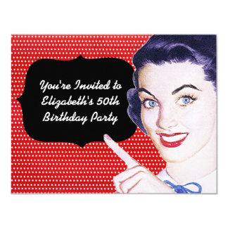cumpleaños de la mujer punteaguda de los años 50 invitación 10,8 x 13,9 cm