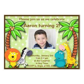 Cumpleaños de la selva del safari o invitación ani