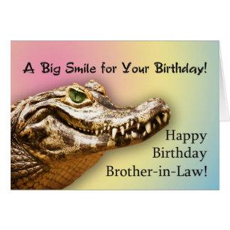 Cumpleaños del cuñado, tarjeta sonriente del
