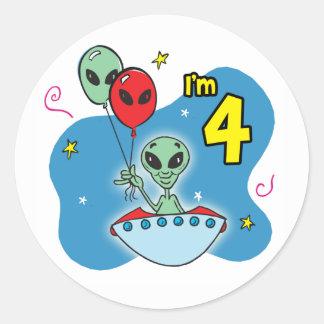Cumpleaños del extranjero del UFO 4to Pegatina Redonda