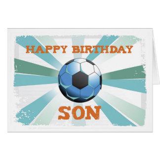 Cumpleaños del fútbol del hijo con la bola, tarjeta de felicitación