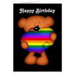 Cumpleaños del oso de peluche del corazón del orgu tarjeta