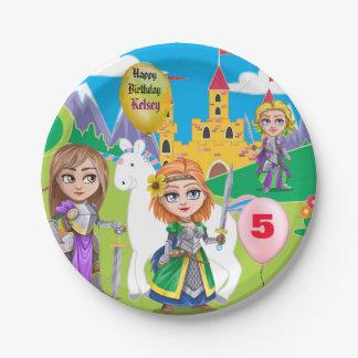 Cumpleaños del reino de la niña personalizada plato de papel