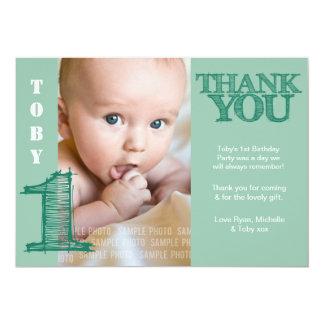Cumpleaños del verde del bebé el 1r le agradece invitación 12,7 x 17,8 cm