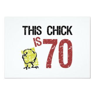 Cumpleaños divertido de las mujeres el 70.o invitación 12,7 x 17,8 cm