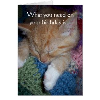 Cumpleaños divertido del gatito tarjeta de felicitación