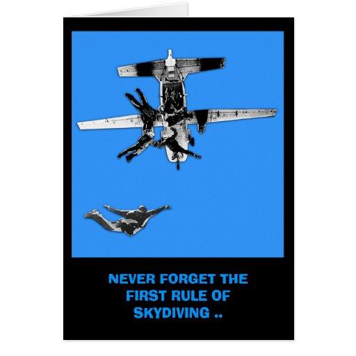 Cumpleaños divertido del paracaidismo tarjeton