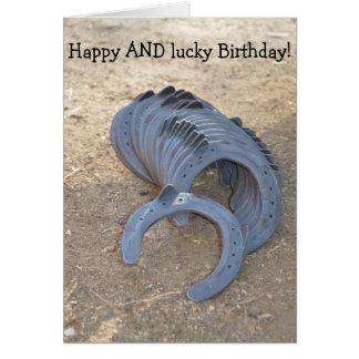 Cumpleaños feliz Y afortunado: Tarjeta con las