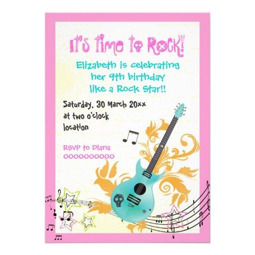 Cumpleaños femenino de los chicas de la guitarra e anuncios personalizados