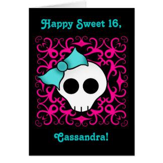 Cumpleaños gótico lindo del cráneo para el dulce tarjeta de felicitación