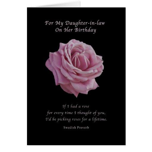 Cumpleaños, nuera, color de rosa rosado en negro felicitacion