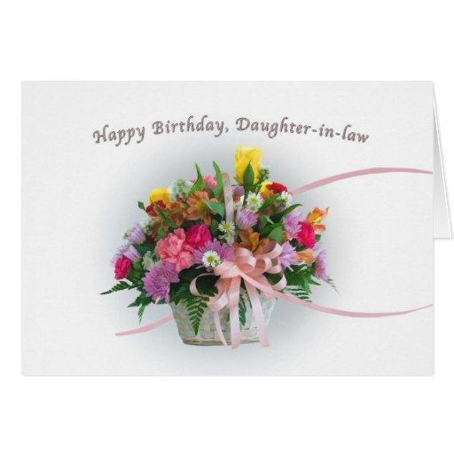 Cumpleaños, nuera, flores en una cesta tarjeton