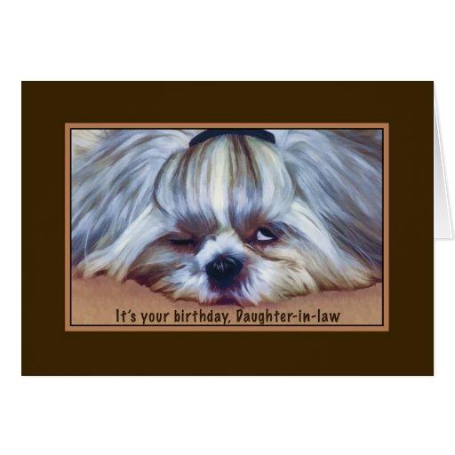 Cumpleaños, nuera, perro soñoliento de Shih Tzu Felicitación