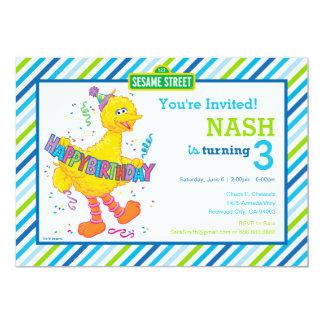 Cumpleaños rayado del pájaro grande invitación 12,7 x 17,8 cm