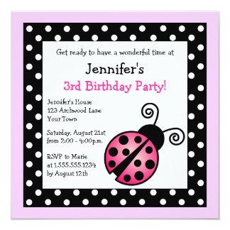 Cumpleaños rosado de la mariquita - lunares comunicado
