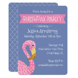 Cumpleaños rosado y púrpura del flamenco invitación 12,7 x 17,8 cm
