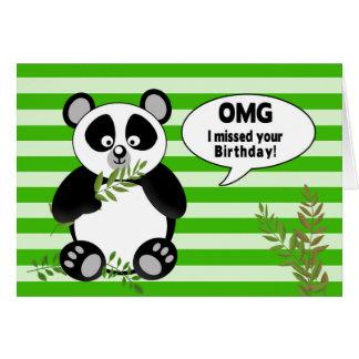 Cumpleaños tardío divertido del oso de panda tarjeta de felicitación