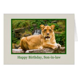 Cumpleaños, yerno, león en una roca tarjeta de felicitación