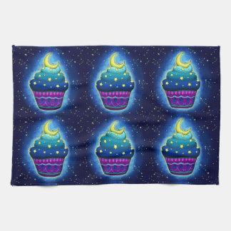 Cupcake mono azul con luna y estrellas toalla