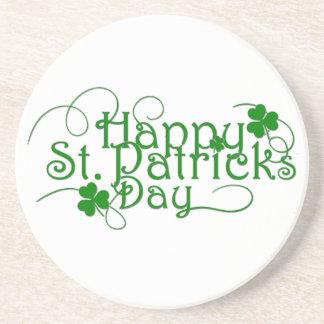 Cursive feliz del día del St Patricks Portavasos