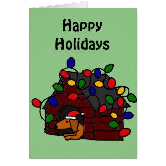 Dachshund divertido en caseta de perro del navidad tarjeta de felicitación