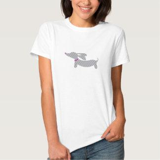 Dachshund gris + Nariz de Purple Heart Camisetas