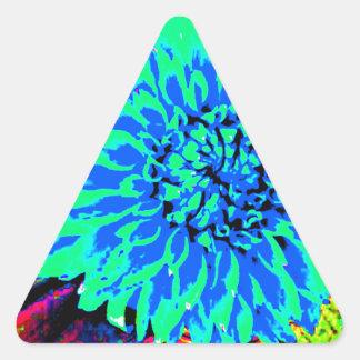 dalias azules y verdes brillantes en tarro de pegatina triangular