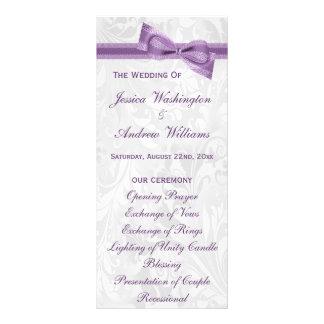 Damasco blanco y falso programa púrpura del boda plantilla de lona