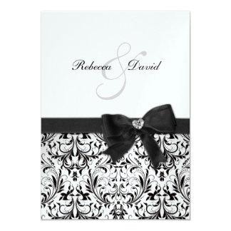 Damasco blanco y negro elegante con el arco del comunicados personales