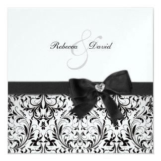 Damasco blanco y negro elegante con el arco del invitación personalizada