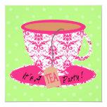 Damasco rosado con cumpleaños de la fiesta del té invitación 13,3 cm x 13,3cm