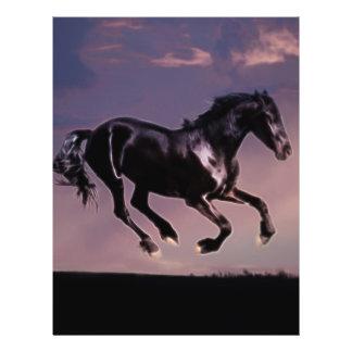 Danza del caballo en la puesta del sol tarjetas publicitarias