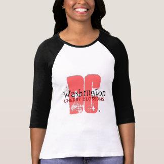 DC en el rosa (2x) Camisetas