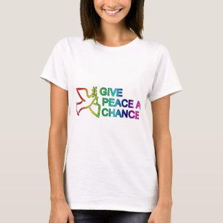 Dé a paz una oportunidad (el arco iris) camiseta