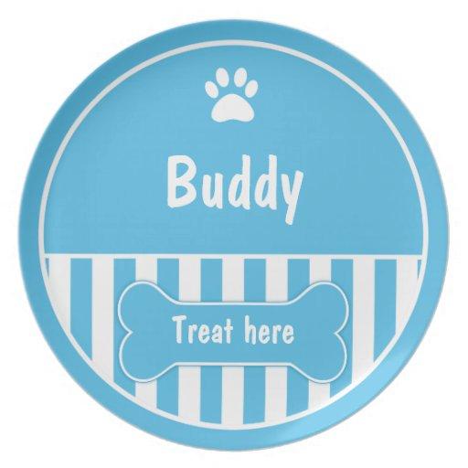 Dé a su perro una placa de la invitación plato para fiesta