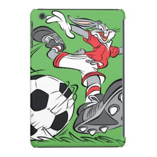 ™ de BUGS BUNNY que juega a fútbol Fundas De iPad Mini