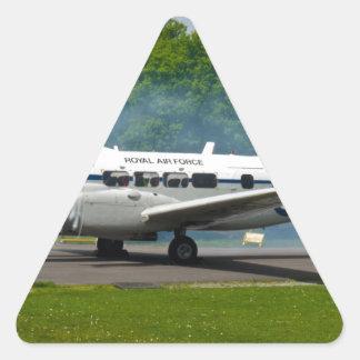 de havilland DH104 Devon Pegatina Triangular
