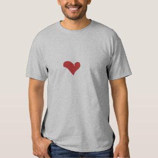 Dé la camiseta del corazón