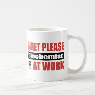 De la tranquilidad bioquímico por favor en el trab taza