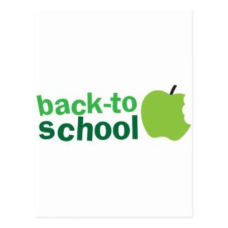 de nuevo a escuela con la manzana verde postal