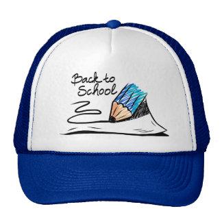 De nuevo al gorra de la escuela