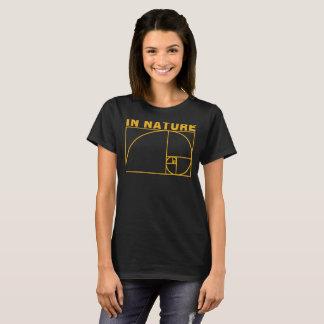 DE ORO EN la NATURALEZA (oscuridades) Camiseta