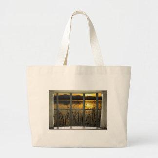 de oro-gemelo-pico-lago-ventana-vista bolsa tela grande