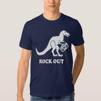 De T-Rex de la roca camisa hacia fuera