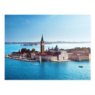 De Venecia con la postal del amor