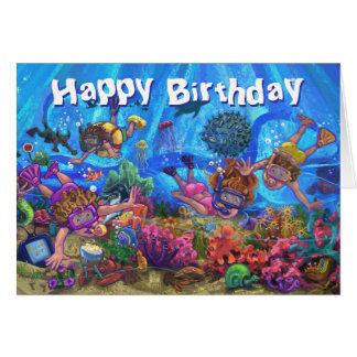 Debajo de la tarjeta del feliz cumpleaños del