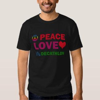 Decathlon del amor de la paz camisetas