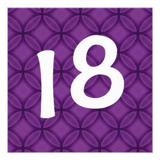 décimo octavo La púrpura de la fiesta de cumpleaño Invitación Personalizada