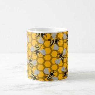 decoración de las abejas taza básica blanca